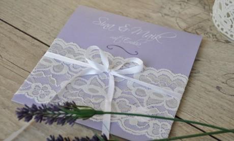 """Hochzeitseinladungen """"Spitzen Strumpfband"""""""