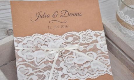 """Einladungskarten Hochzeit Vintage """"Kraftpapier küsst Spitze"""""""