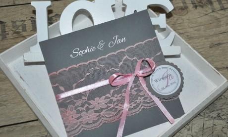 """Hochzeitseinladungskarte Spitze rosa grau """"Märchenwelt"""""""