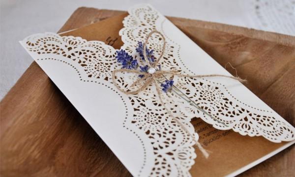 Einladungskarten-Hochzeit-Spitze-Lasercut-Kraftpapier