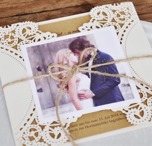 Dankeskarten Vintage zur Hochzeit mit elegantem Lasercut und Kraftpapier
